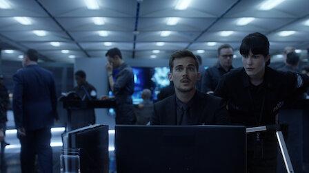 Смотреть Гибрид на самолете. 8 эпизод 3 сезона.
